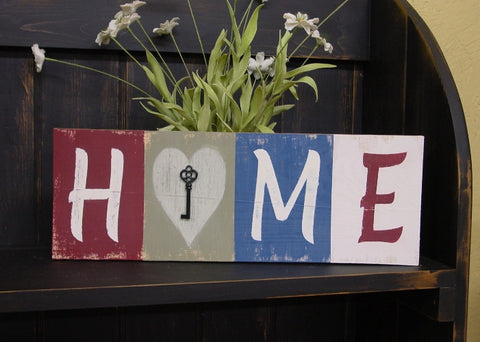 """HOME"" hold the Key to your heart Wooden Sign - 1210"