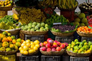 fruits with antioxidants and vitamins