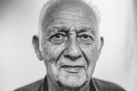 old man with wrinkled face