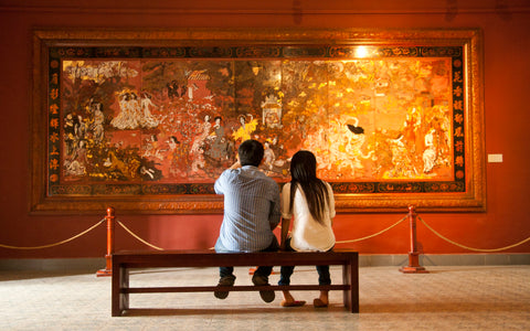 couple at museum