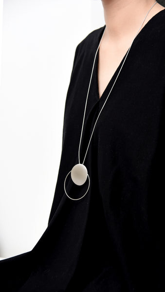 Halo & Dot Lariat Necklace