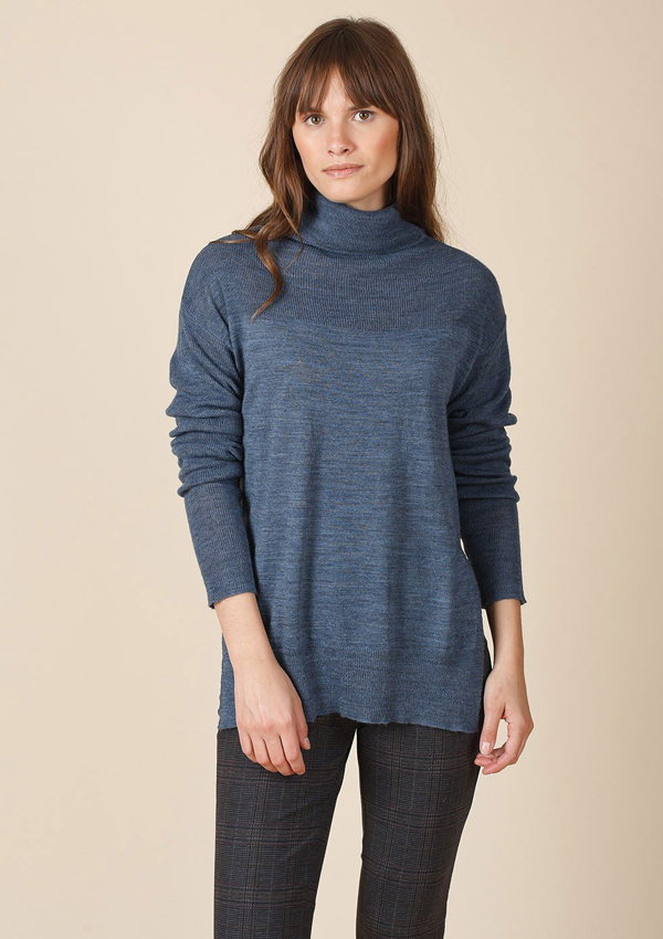 Light Polo Neck Jumper w/ Slits
