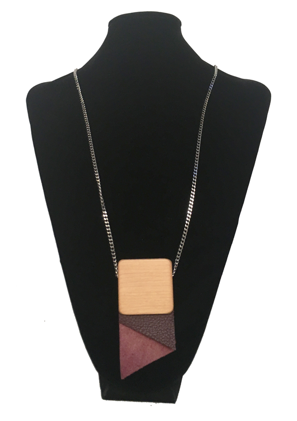 Medium Crav Burgundy Necklace