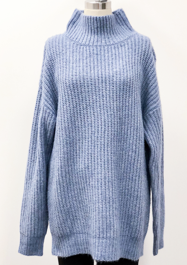 Oversized T-neck pullover