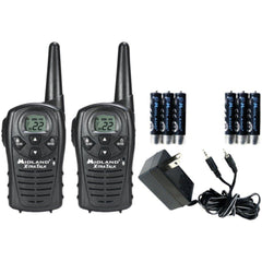 MIDLAND LXT118VP 18-Mile GMRS Radio Pair Value Pack with Charger & Rechargeable Batteries