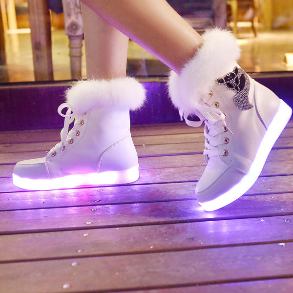 2017 New Winter Luminous Snow Boots LED Colorful UBS Lamp Fluorescent Light Casual Shoes for Women
