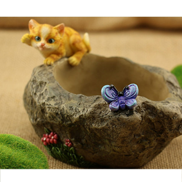 VICTMAX Creative Cartoon Succulent Plant Flower Pot Resin Tree Trunk Landscape with Cat Figurine for Home Garden Decoration