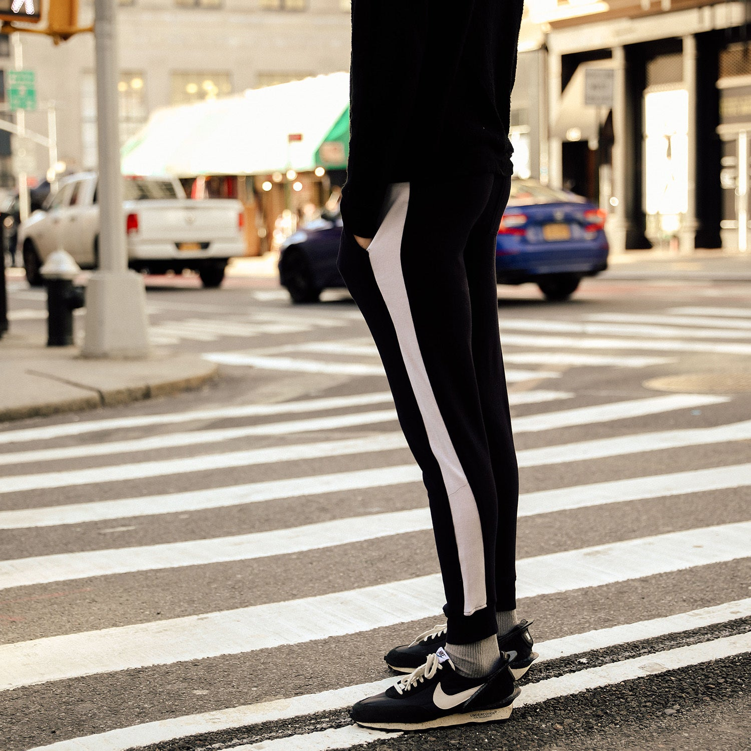 Panel Joggers in Black-White