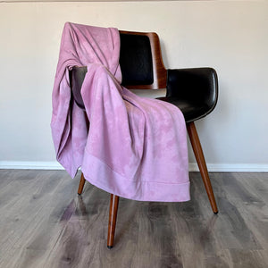 Reese Fleece Throw in Pink Lava