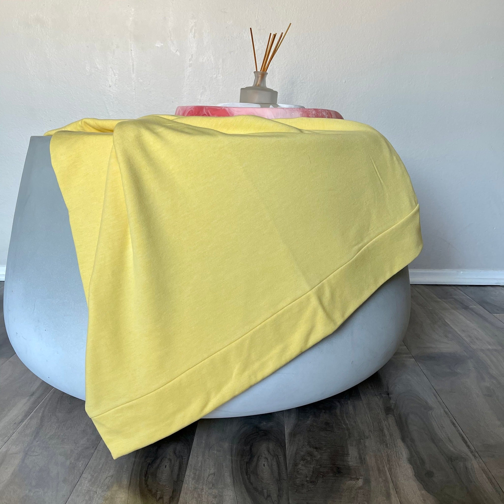 Reese Fleece Throw in Sunshine Yellow