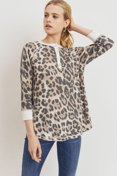 *NEW* Briar 3 Q Sleeve Animal Print Henley Top ~ Brown