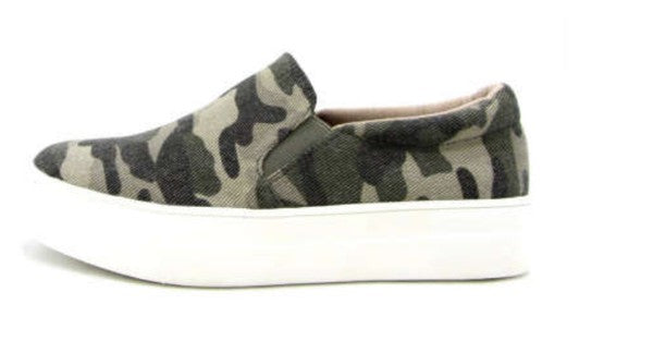 *NEW* Hike Camo Slip On Sneakers