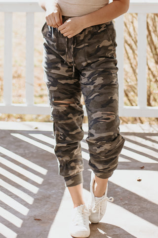 *NEW* Sasha Camo Distressed Joggers