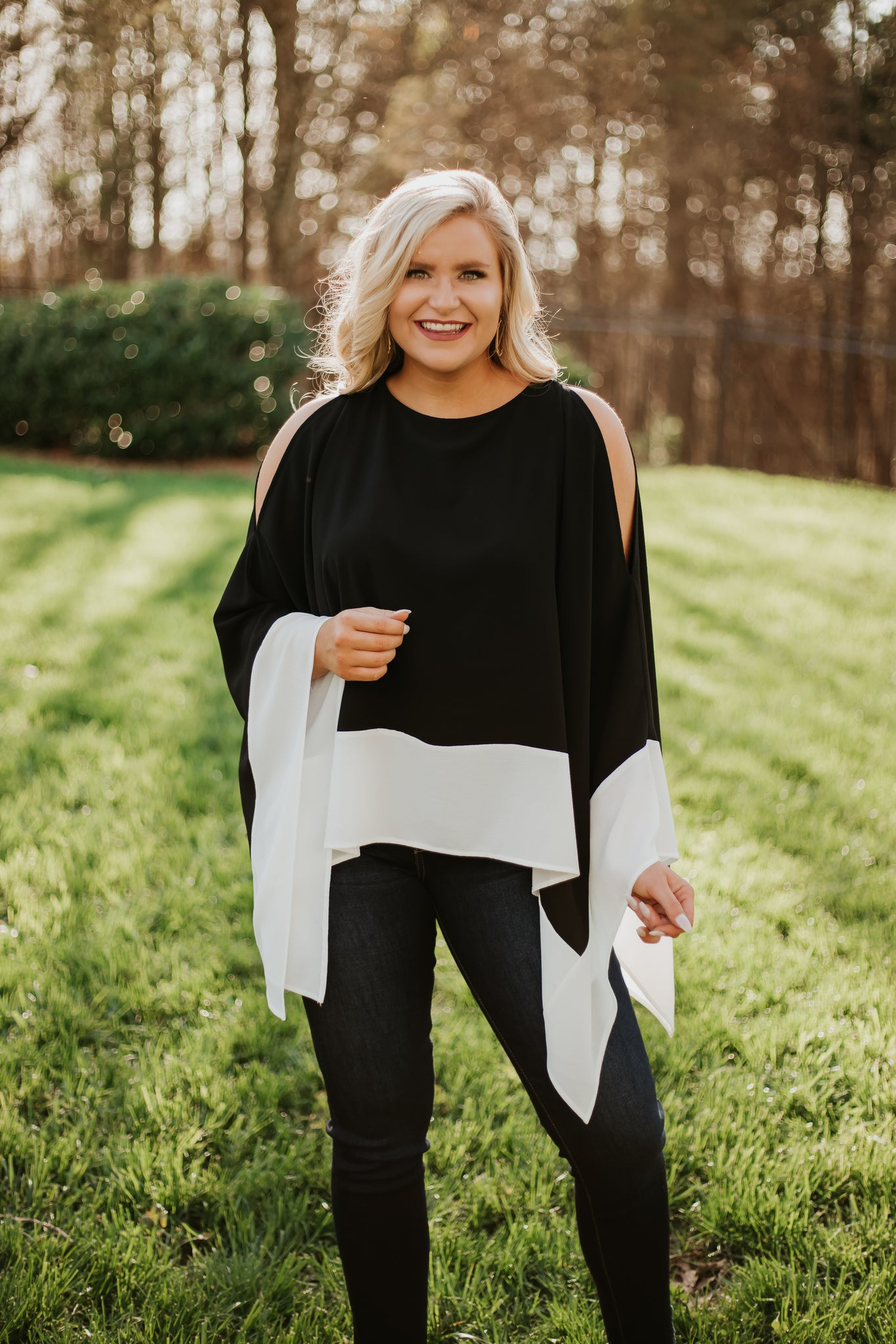 Meline Poncho Contrast Top ~ Black & White