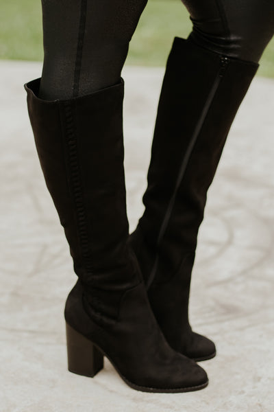 *NEW* Hickory Black Boots