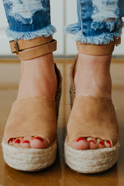 Jade Espadrille Wedge ~ Tan