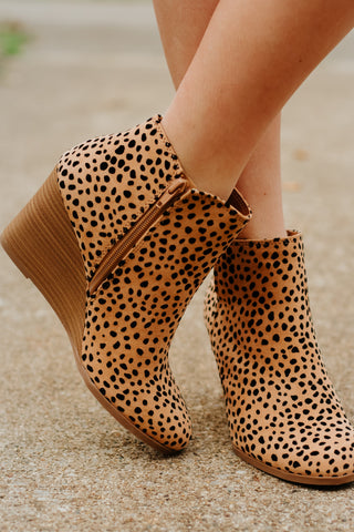 *NEW* Betty Cheetah Print Bootie ~ Oatmeal