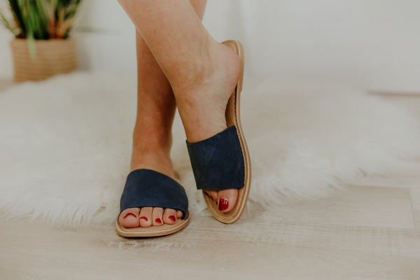 {LAST CHANCE} Matisse Coconut Cabana Slide ~ Navy *FINAL SALE* - Be You Boutique