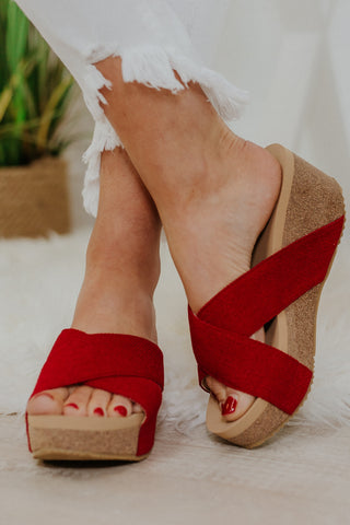 {Last Chance} Volatile Mantra Wedges ~ Red
