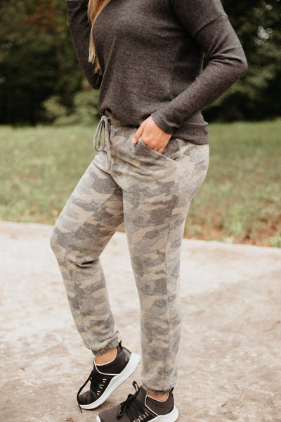 Alicia Ever So Soft Jogger Pants ~ Camo