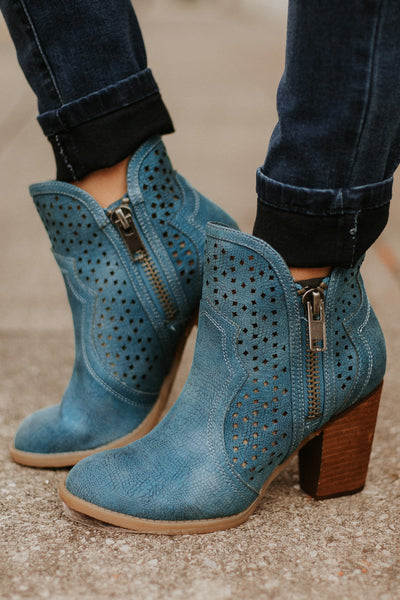 *NEW* Not Rated Gretchen Booties ~ Teal