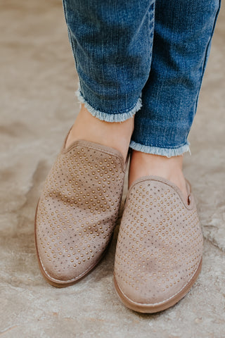 *NEW* Not Rated Maryam Mules ~ Taupe