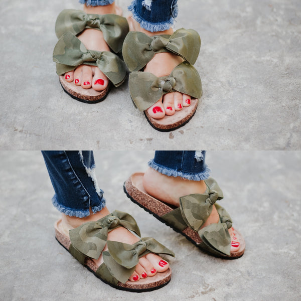 {Last Chance} Camo Boardwalk Bow Tie Slide Sandals *FINAL SALE*