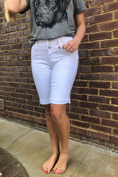 To Bermuda Shorts ~ White