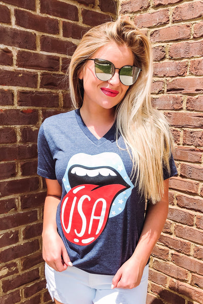 {Last Chance} Patriotic Star Lips V Neck Graphic Tee