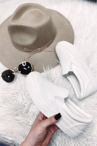 *NEW* Croft White Sneaker