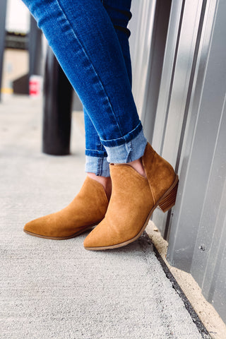 *NEW* Desire Tan Booties