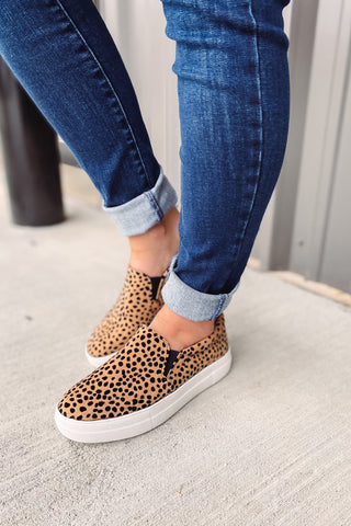 *NEW* Hike Cheetah Slip On Sneakers