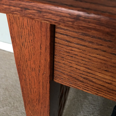 This wooden desk would usually require at least one sanding application, and a primer application before painting. With Oil Bond, paint can be directly applied to the finish without sanding, or priming.