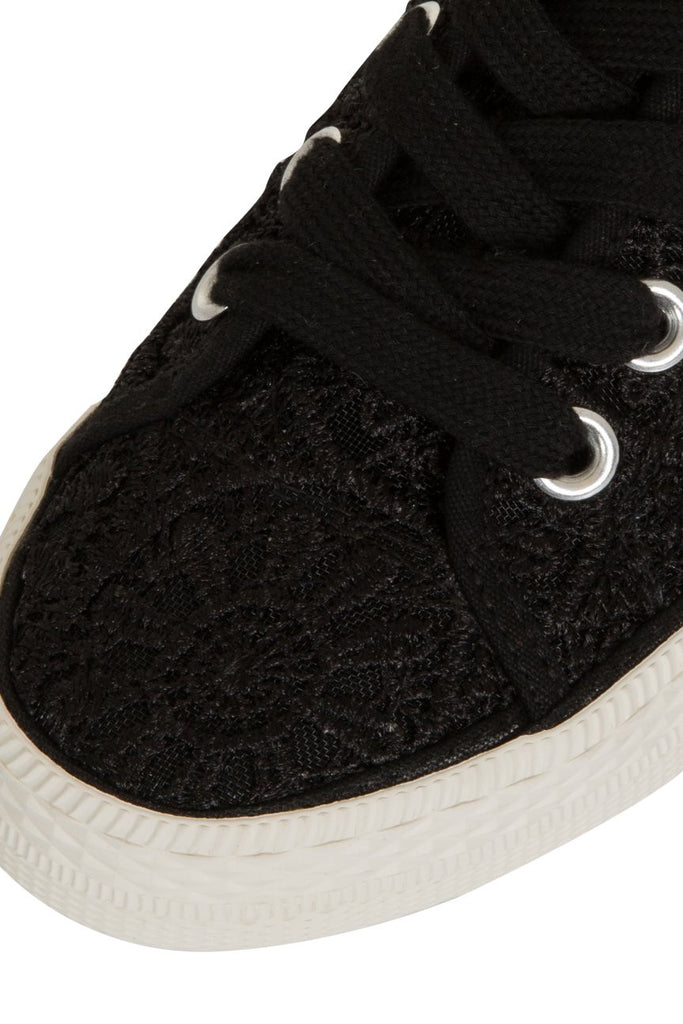 London Rebel | Georgia Black Lace Upper Slip On Trainer | Front Three Quarter Close Up
