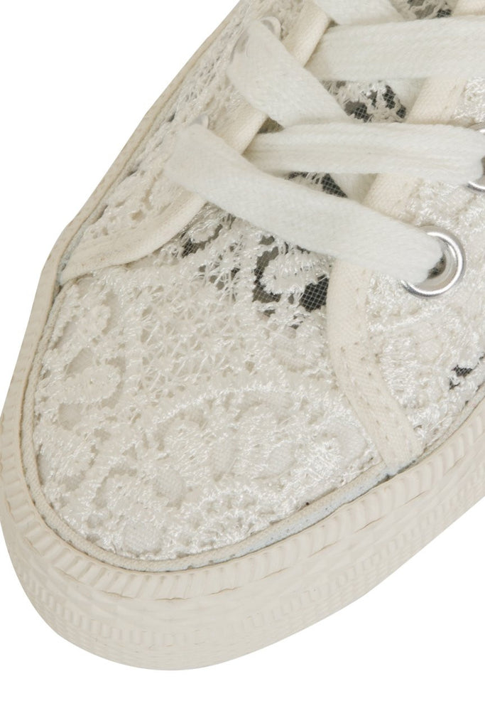 London Rebel | Georgia White Lace Upper Slip On Trainer | Front Three Quarter Close Up