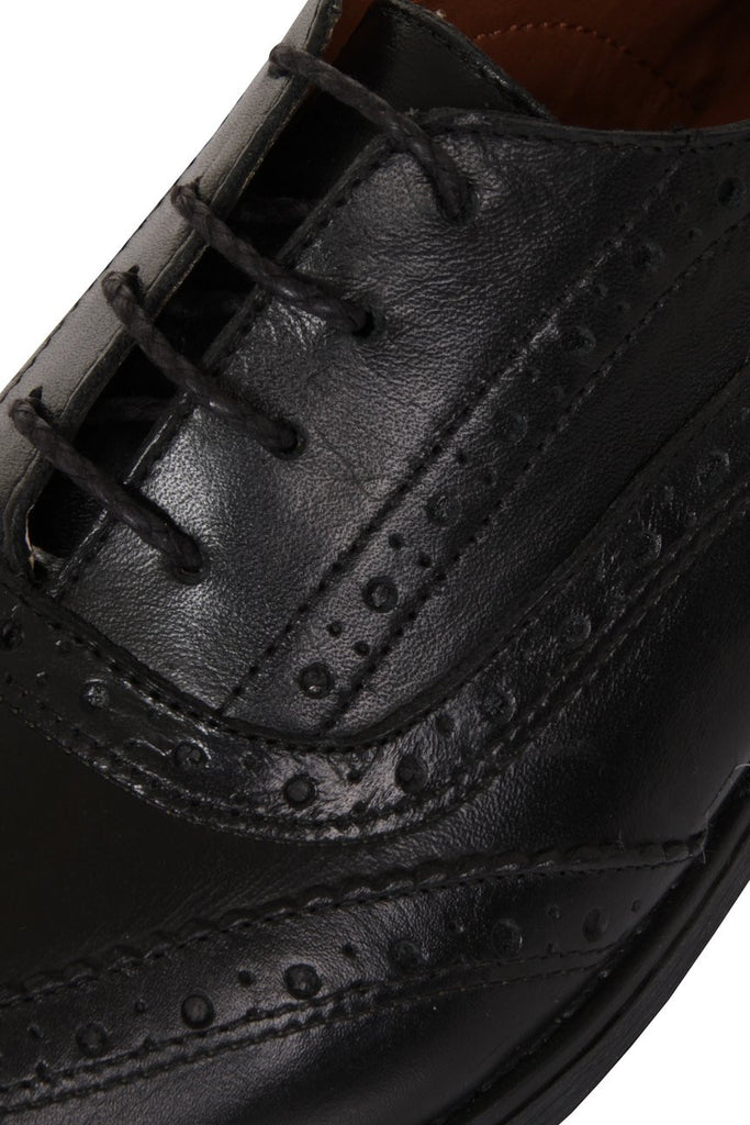 London Rebel | Lucky Black Lace Up Brogue | Close Up