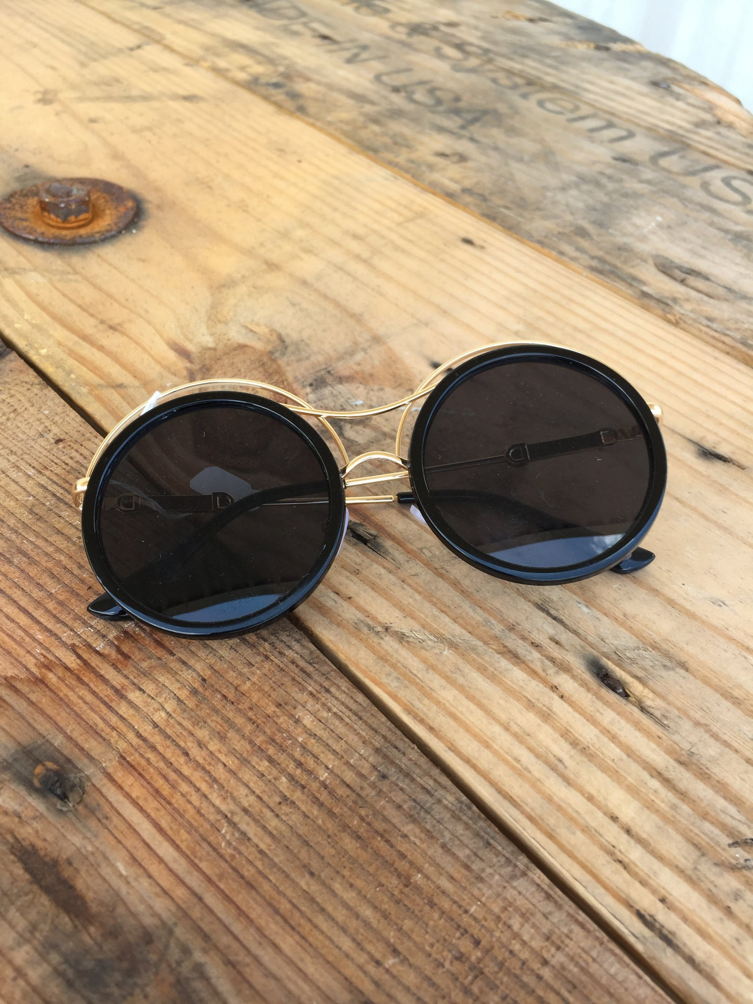 Fly On The Wall Sunglasses