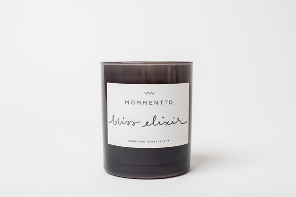 Mommentto scented candle