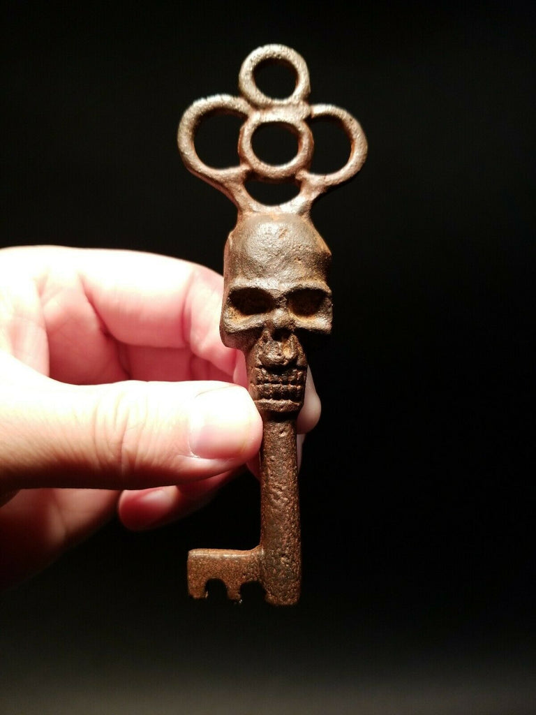 Antique Vintage Style Cast Iron Skull Skeleton Key - Early Home Decor