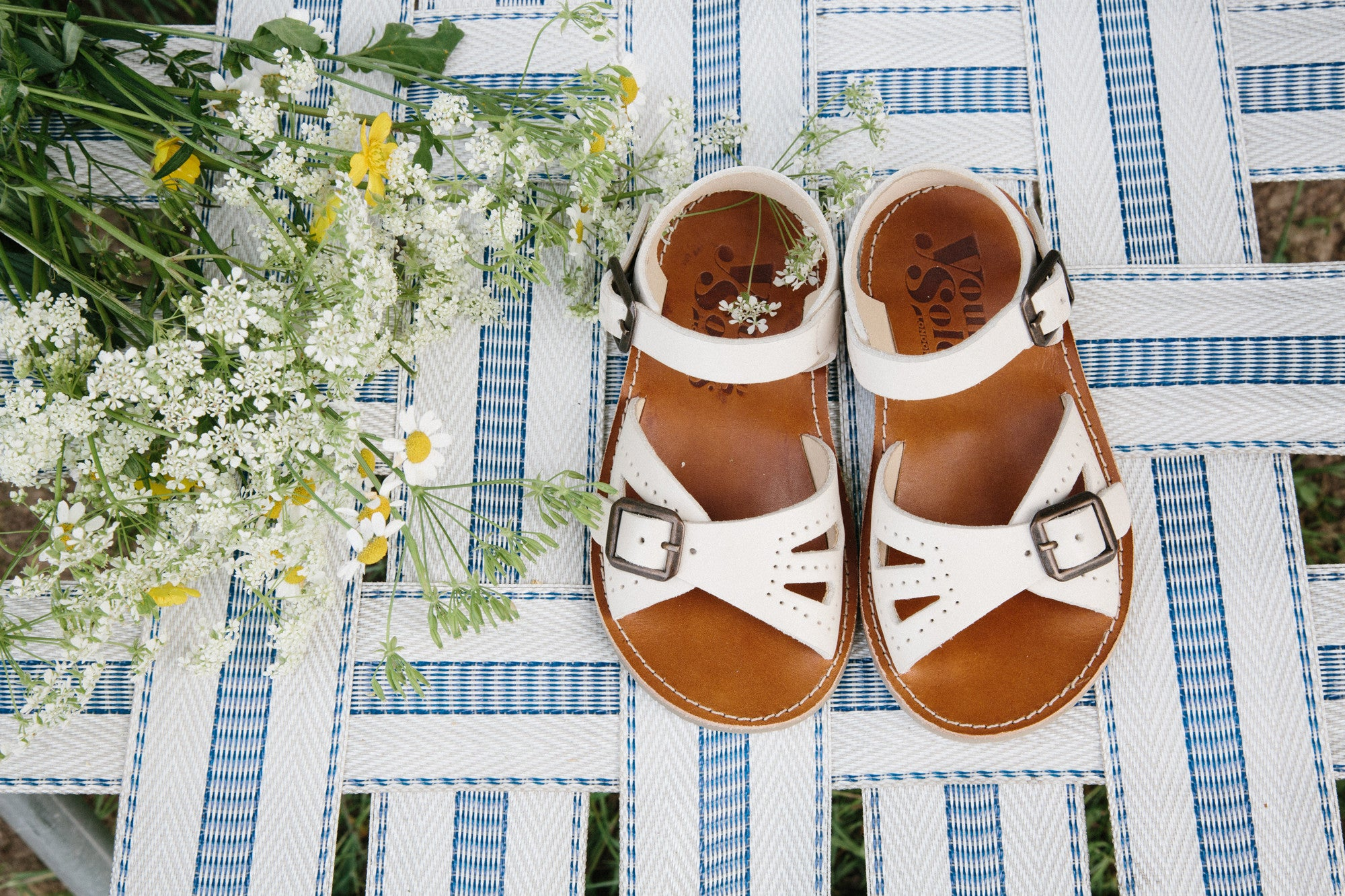 Young Soles Pearl Vanilla Sandal - Munchkin et Moi