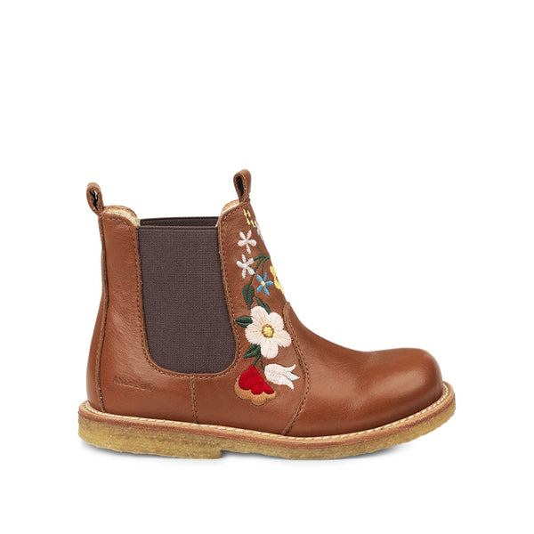 Chelsea Boot with Embroidery
