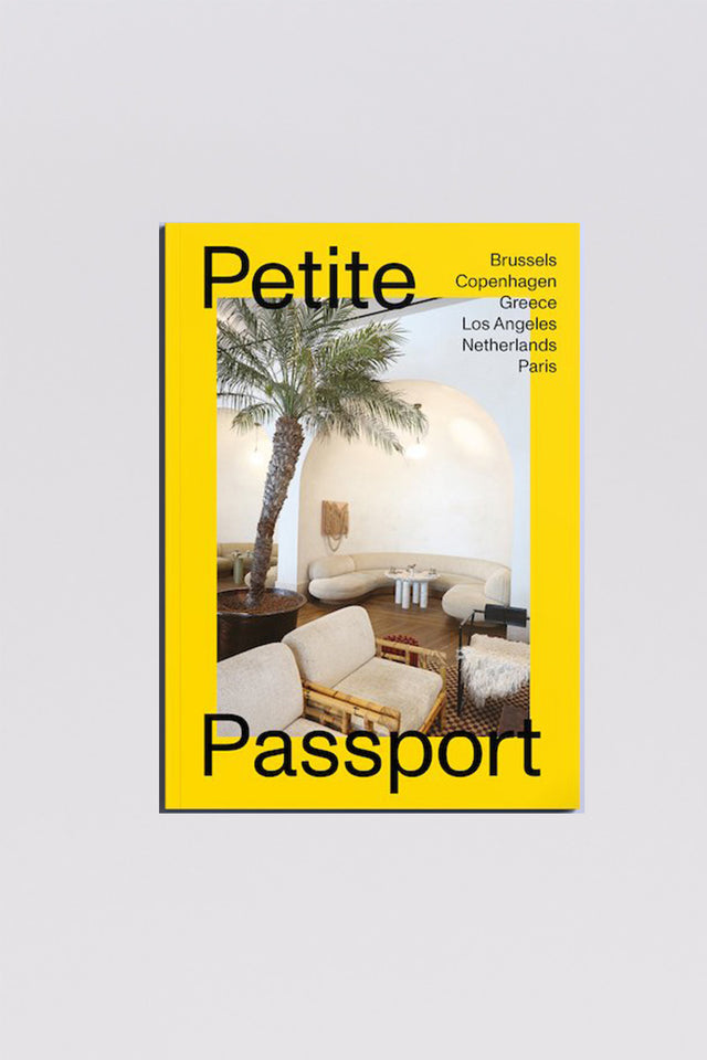 Petite Passport - Issue 02