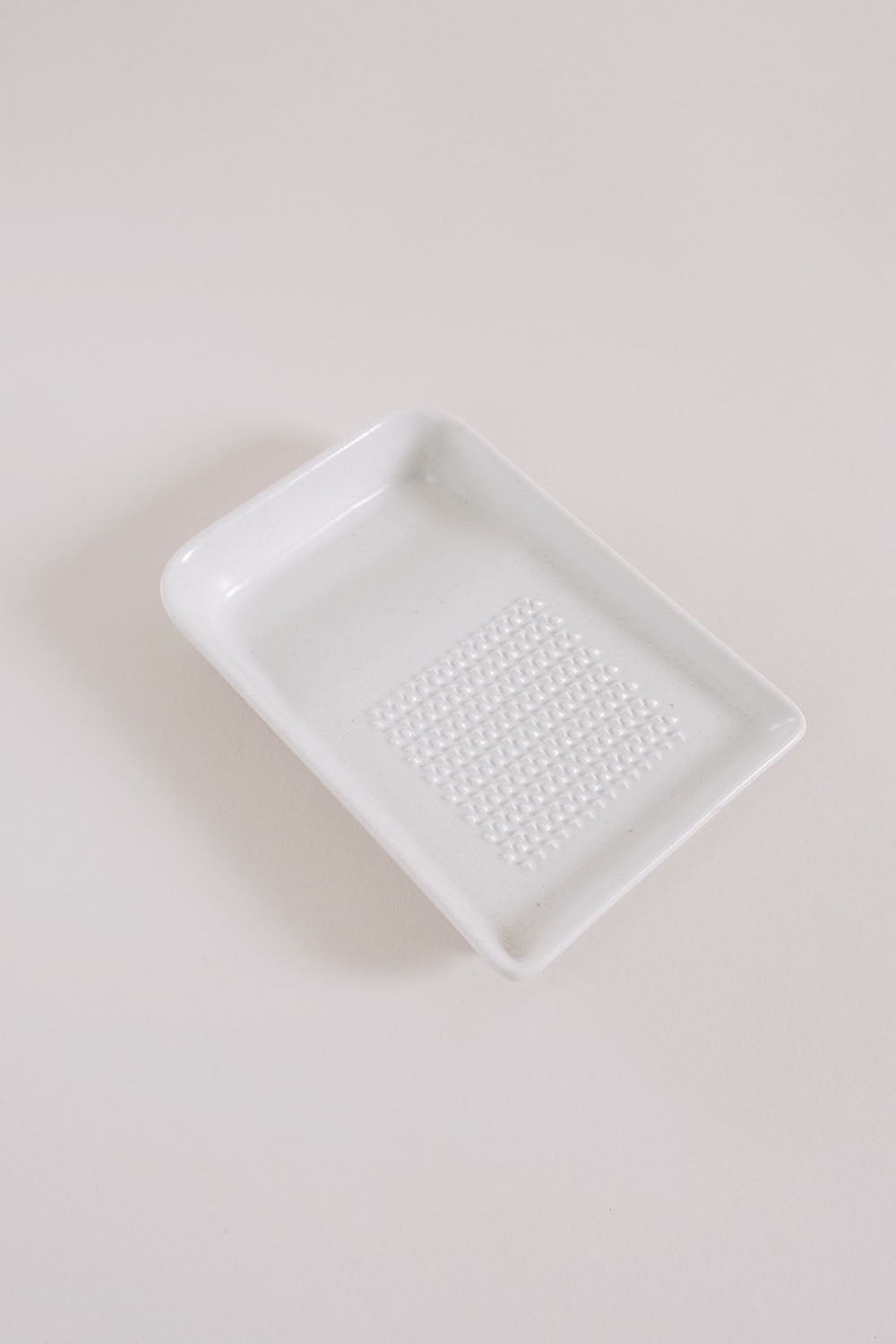 Ceramic Wasabi/Ginger Grater - White