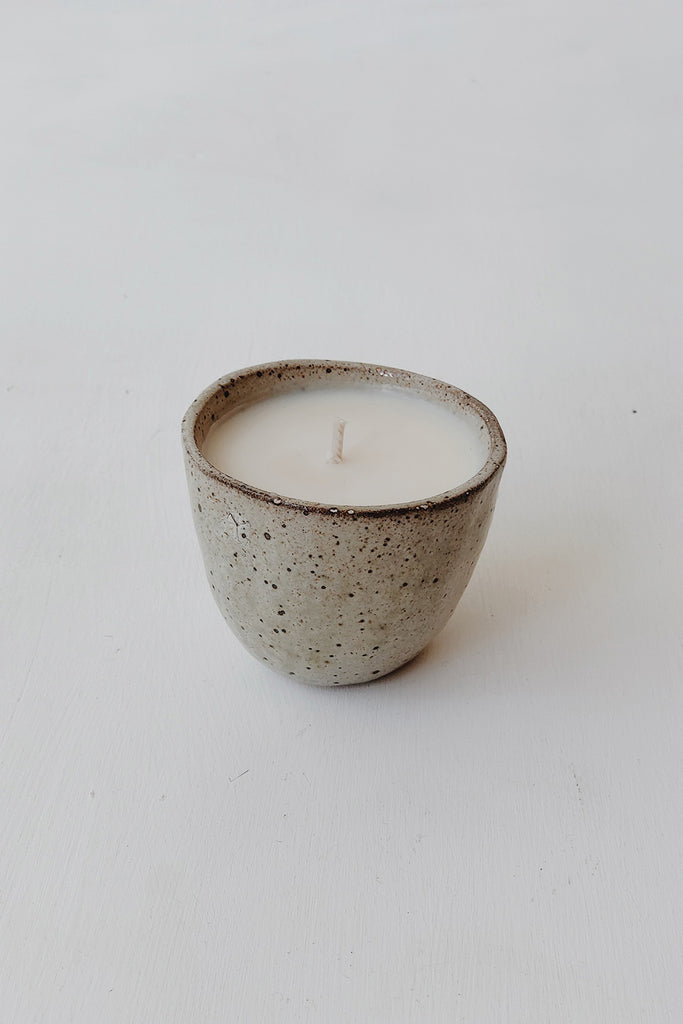 Small Japanese Stoneware Candle - Speckled