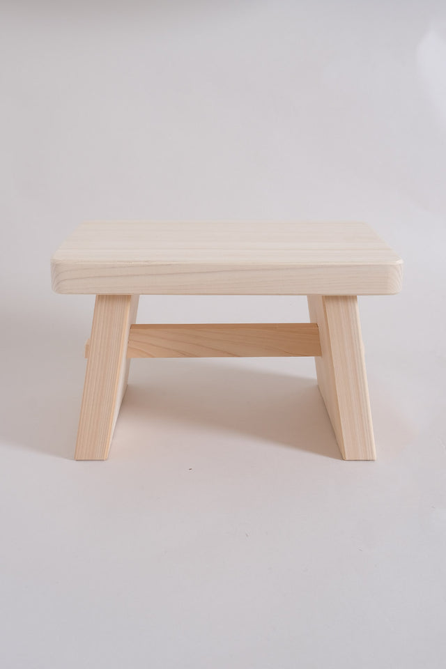 Japanese Hinoki Bath Stool – Medium