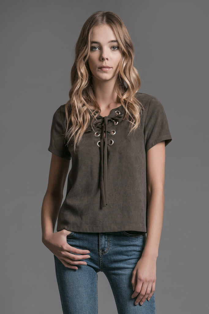 FRONT LACE UP BOXY TOP