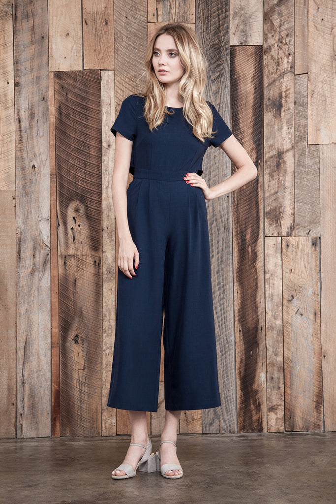 SHORT SLEEVE JUMPSUIT WITH BACK CUT OUT