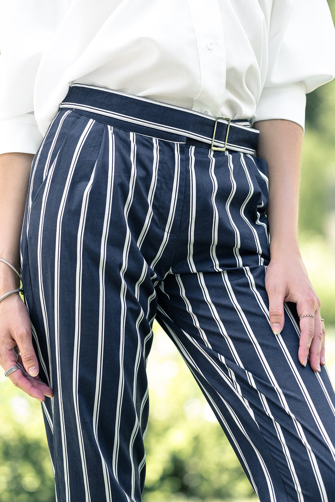 STRIPE TAPER PANTS