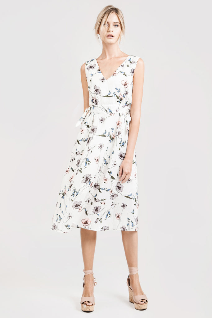 FLOWER PRINT LOW NECK SIDE KNOT TIE DRESS