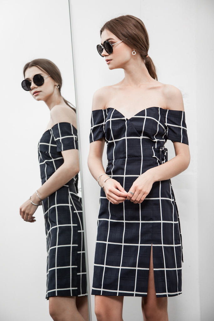 PLAID COLD SHOULDER FITTED DRESS